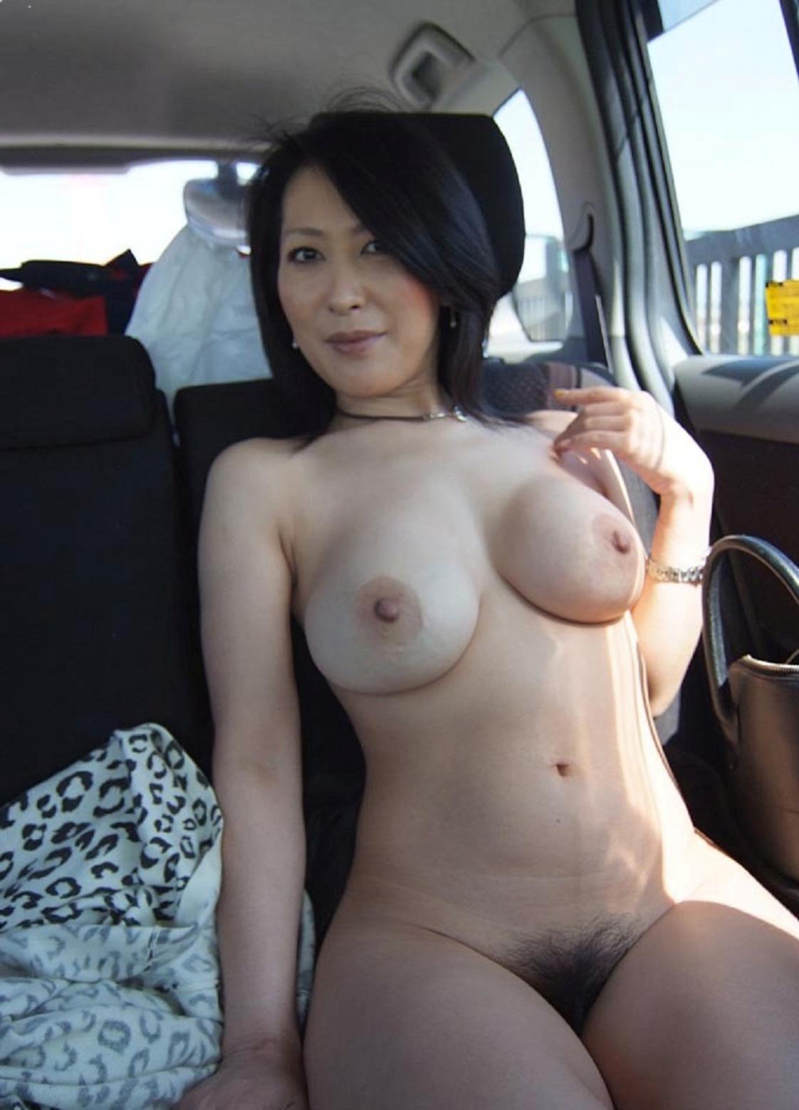 Подборка тридцатилетних проституток с округлыми титьками