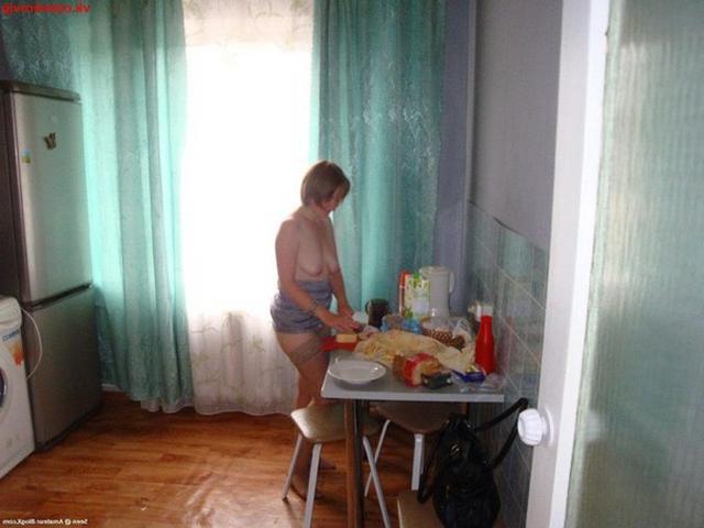 Тридцатилетняя Света с спермой на лице фото порно