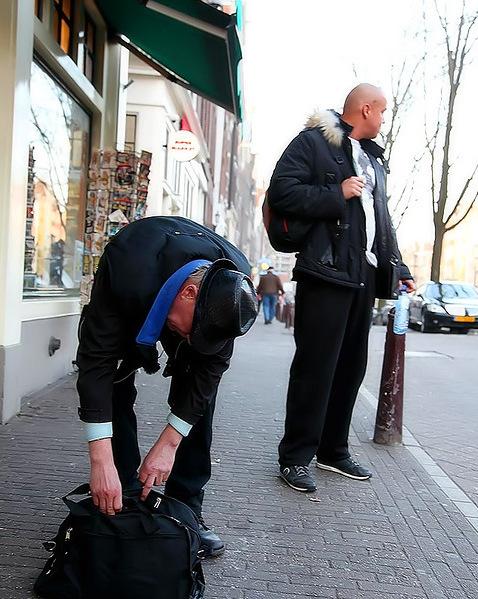 Пацаны сняли бабу за 100 евро